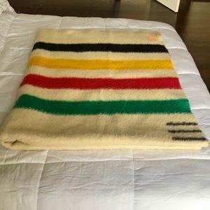 VTG Hudson Bay mid century Point striped Blanket